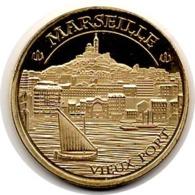 Marseille (13) : Le Vieux Port (Souvenirs Et Patrimoine) - Touristiques