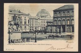 15216 Napoli - Piazza Del Plebiscito Con Parte Del Palazzo Reale E Della Galleria Umberto I F - Napoli