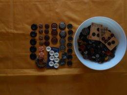 Bouton Ancien  - Lot De 780 Grammes De Boutons - Plus De 500 Boutons- - Buttons