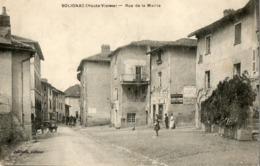 87. CPA. SOLIGNAC.   Rue De La Mairie. - Autres Communes