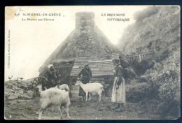 Cpa Du 22 St Michel En Grève La Maison Aux Chèvres    LZ59 - Plestin-les-Greves