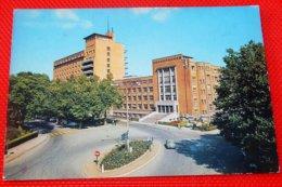 CHARLEROI  -  L'Institut Médico-Chirurgical - Charleroi