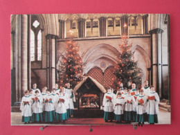 Angleterre - Salisbury Cathedral Choir By The Crib & Christmas Trees - Scans Recto Verso - Salisbury