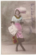 JUNGE DAME Jugendstil Mode Paris, Karte Gel.1916, Gebrauchsspuren - Moda