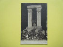 SAINT PIERRE DU VAL. Le Monument Aux Morts. - France