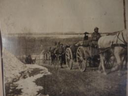 Berg.1a.  La Grande Guerre. Photographie Argentiques 11x16,5 Cm Avec Texte Du Photographe : En Route  Pour Verdun 1915 - Guerra 1914-18