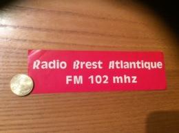 AUTOCOLLANT, Sticker «RADIO BREST ATLANTIQUE - FM 102 MHZ » (29) - Pegatinas
