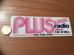 AUTOCOLLANT, Sticker «PLUS RADIO Stéréo - FM 91 MHZ » (29) - Autocollants