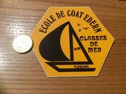 AUTOCOLLANT, Sticker «ÉCOLE DE COAT EDERN - CLASSES DE MER - PLOUZANÉ (29) » (voilier) - Autocollants