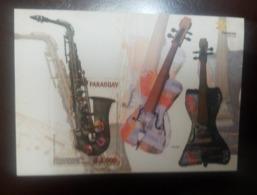 O) 2015 PARAGUAY,MUSICAL INSTRUMENTS ELABORATED FROM CATEURA -SAXOFON - VIOLIN, TOURIST AMBASSADORS, MNH - Paraguay