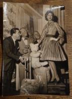 Photo De Presse Originale Mannequin Praline / Maurice Chevalier / Fernandel / Marsac - Interpress - Célébrités