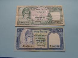 50 & 100 Rupees  ( Voir Photo Pour Détail Svp / For Grade, Please See Photo ) ! - Nepal