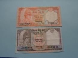 20 & 10 Rupees  ( Voir Photo Pour Détail Svp / For Grade, Please See Photo ) ! - Nepal