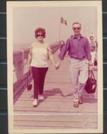 Couple Au Littoral Belge  Photo Originale - Anonymous Persons