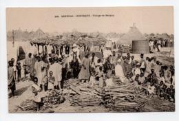 - CPA RUFISQUE (Sénégal) - Village De Bargny (belle Animation) - Photo FORTIER - - Sénégal