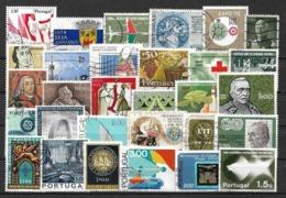 5803 - Lot Timbres Portugal - Briefmarken