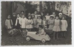 ° GROUPE D'ENFANTS ° CARTE PHOTO ° AUTOMOBILE ° JOUETS ° Photographe BRULE ROCARD à MOULINS ° - Groupes D'enfants & Familles