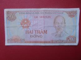 VIETNAM 200 DÔNG 1987 CIRCULER (B.8) - Vietnam