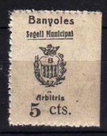 Girostamps54.- SELLO MUNICIPAL DE BANYOLES (GIRONA) SELLO DE 5 CTMOS. DE ARBITRIOS MUNICIPAÑES - BORDE DE HOJA - Fiscales