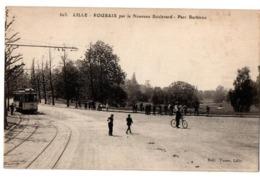 LILLE ROUBAIX PAR LE NOUVEAU BOULEVARD TRAM  TRES ANIMEE - Lille