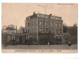 DOUAI PLACE DE LA STATION CAFE HOTEL RESTAURANT  TRES ANIMEE - Douai