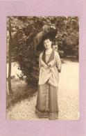 FEMME AU CHAPEAU - Mode (photo  Années 1900 Format  10,7cm X 7,5cm) - Personnes Anonymes