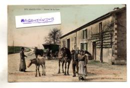 CPA - 55 - EIX-ABAUCOURT (Meuse) - FERME De La GARE Avec Calèche Et Chevaux à L'abreuvoir Edit Café De La Gare ROUSSEL - France