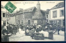 Cpa Du 22  Lamballe Le Marché Aux Porcs   LZ122 - Lamballe