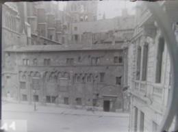 LYON 1882 : La Manécanterie, Cathédrale Saint Jean. Plaque De Verre. Négatif. Lire Descriptif. - Plaques De Verre