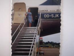 HÔTESSE DE L AIR SABENA VOYAGES KINSHASA  GRÈCE ESPAGNE INDE ETC. 135 PHOTOS DES ANNÉES 1960 MAJORITAIREMENT COULEURS - Albums & Collections
