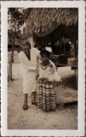 Photo Originale USA - Rencontre Avec Une Enfant Indienne Du Côté De Miami Beach En 1937 - Floride - Indien Véritable - Personnes Anonymes