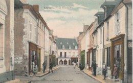 37--LIGUEIL--LA GRANDE RUE--VOIR SCANNER - Frankrijk
