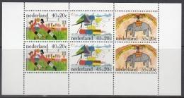 """NIEDERLANDE Block 15, Postfrisch **,  """"Voor Het Kind"""": Kinderzeichnungen 1976 - Blocs"""