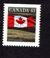 839275843 1992 SCOTT 1359 POSTFRIS MINT NEVER HINGED EINWANDFREI (XX) FLAG AND PRAIRIE - 1952-.... Elizabeth II