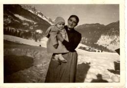 Foto - Oma Mit Kind Ca 1940 In Den Bergen, Im Winter, Tirol ? - Fotografie