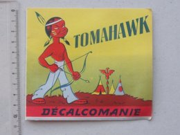 DECALCOMANIES Anciennes: TOMAHAWK Livret Avec 3 Volets Intérieurs - Indien - JESCO Imagerie - Collezioni