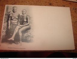 C.P.A. - Afrique - Zimbabwé - Jeunes Femmes Zoulous - Seins Nus - 1910 - SUP (R100) - Simbabwe