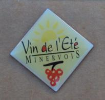 Pin's Boisson 020, Alcool - Vin De L'été Minervois - Bebidas