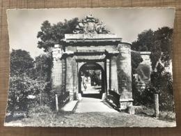 CAEN La Porte D'entree Du Château - Caen