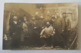 Villey Saint Etienne 1915 - Carte Photo Groupe De Militaires Du 47 è Régiment D'Infanterie? Artillerie? 1 Avec Médaille - France