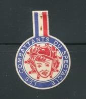 Vignette Ronde à épingler - Rosace Tricolore LES COMBATTANTS DU SPECTACLE - Commemorative Labels