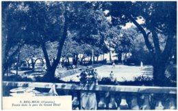 29 BEG-MEIL - Tennis Dans Le Parc Du Grand Hôtel - Beg Meil