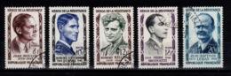 YV 1100 à 1104 Oblitérés Heros De La Resistance Cote 5,50 Euros - France