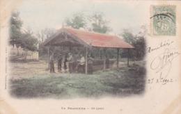 Cpa LA BRACONNE UN LAVOIR 1902 Carte Couleur - Autres Communes