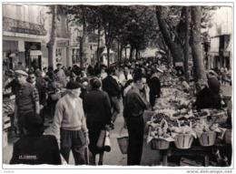 Carte Postale  83.  Toulon  Le Marché Du Cour Lafyette Le Plus Beau De Provence - Toulon