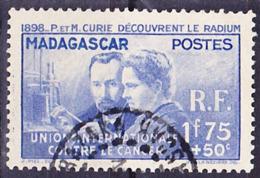 Madagascar 1938 P. Et M. Curie Yv 206, Mi 258 Oblitéré O, Je Vends Ma Collection! - Madagascar (1889-1960)