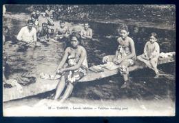 Cpa  De Polynésie Tahiti Lavoir Tahitien -- Tahitian Washing Pool LZ119 - Polynésie Française
