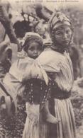 Algérie - Scènes Et Types - Mauresque Et Son Moutchachou - Plaatsen