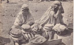 Algérie - Scènes Et Types - Marchand De Pain - Plaatsen