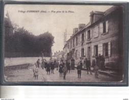 Carte Postale 60. Orrouy La Place Du Villageanimée Très Beau Plan - Francia
